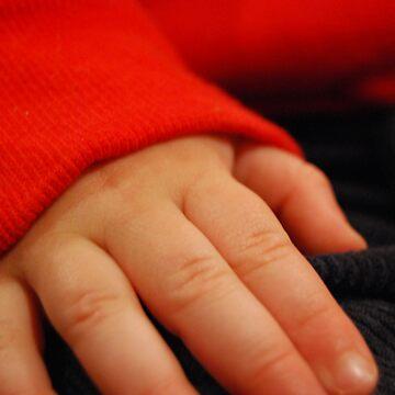 Hand by xavier