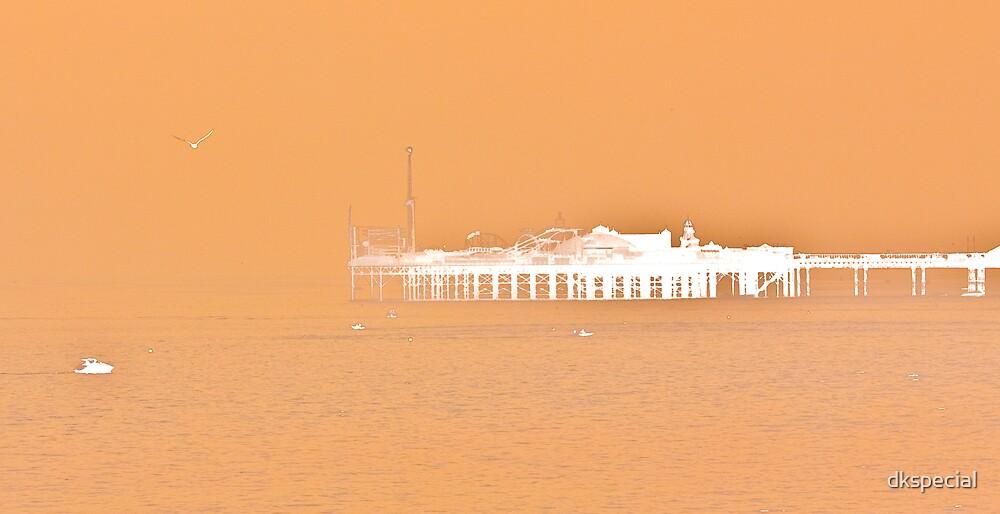 misty pier 20/09/09 by dkspecial