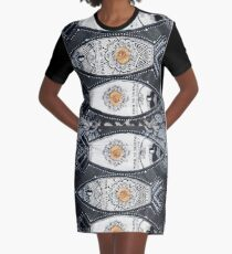 Sardinha de Nata Graphic T-Shirt Dress