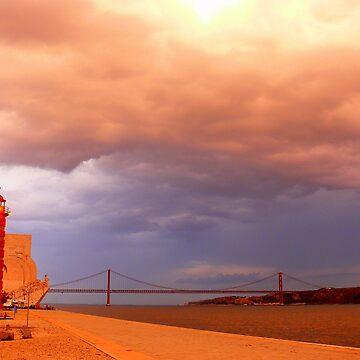 rain approaching. Rio Tejo. Lisboa by terezadelpilar