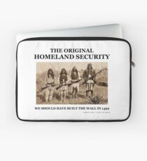 Original homeland security we should of built the wall in 1492 Laptop Sleeve