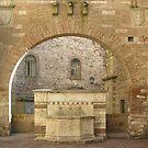 La fonte della Maestà-delle-volte, Centro Storico, Perugia, Italy by Philip Mitchell