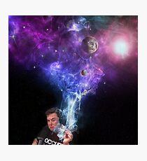 Elon Musk Rauchen des Universums Fotodruck