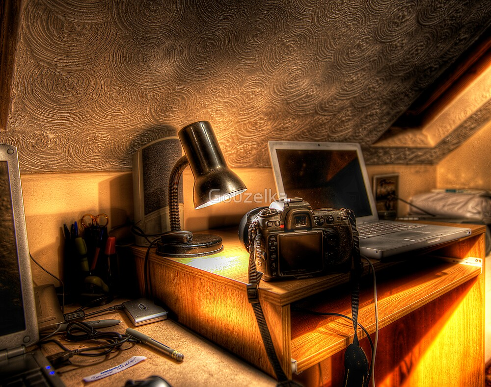 Photographer working place by Gouzelka