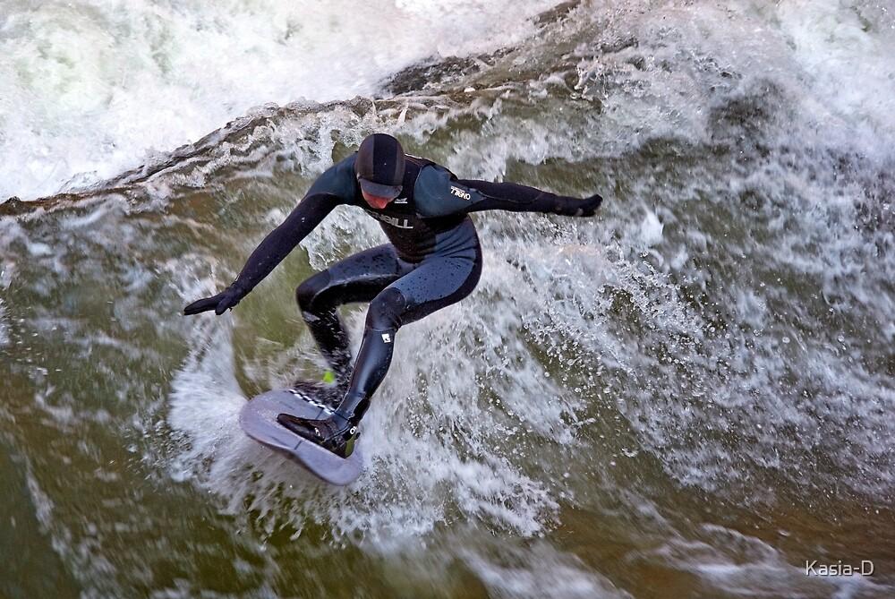 Catch a Wave by Kasia-D