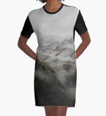 De montaña Graphic T-Shirt Dress