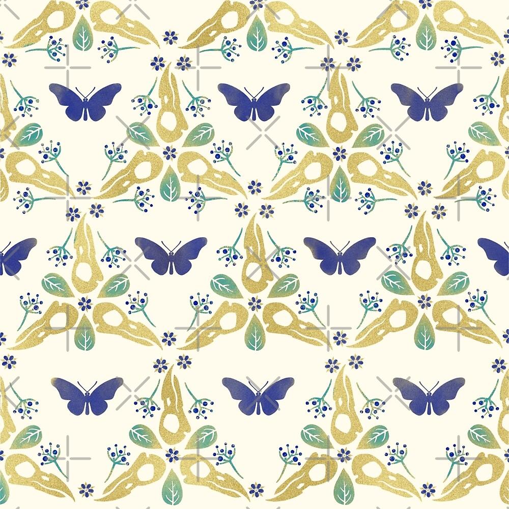 «Crow Skulls and Butterflies Pattern # 2 - Azul y oro» de Johanna-Draws