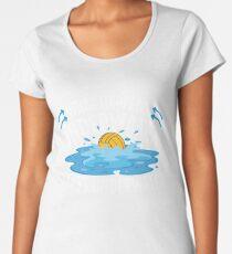 Camiseta premium para mujer Water Polo Lo que pasa bajo el agua Estancias bajo el agua