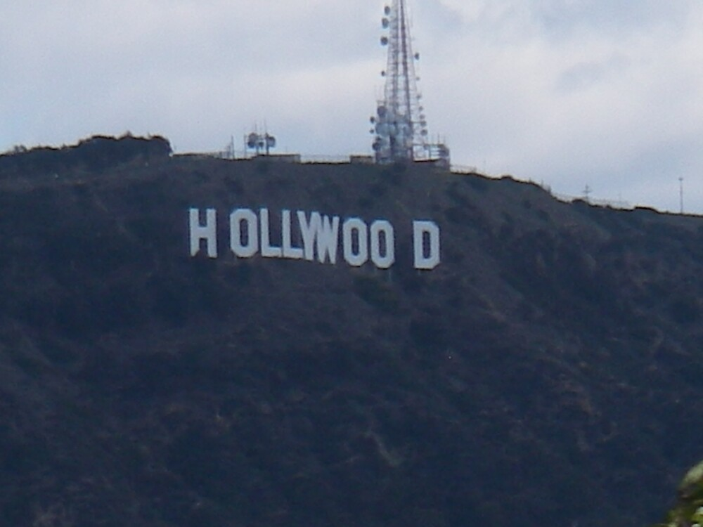 HollyWood Sign by MaiHarmon