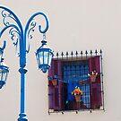 "Lamp Post in ""La Boca"". The rainbow city by Mariano57"