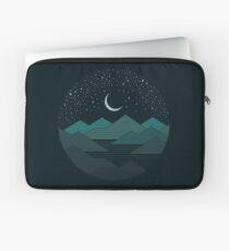 Zwischen den Bergen und den Sternen Laptoptasche