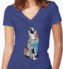 Camiseta entallada de cuello en V tatuaje