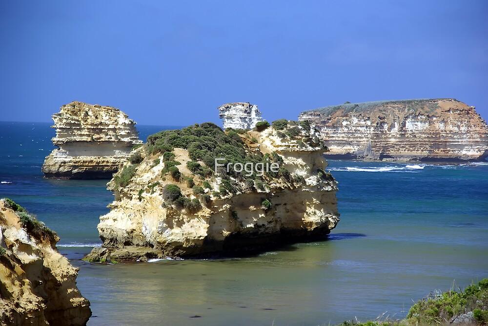 Bay of Martyrs Great Ocean Road by Froggie