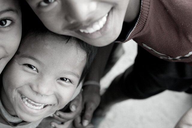 Smiling eyes by nharyan