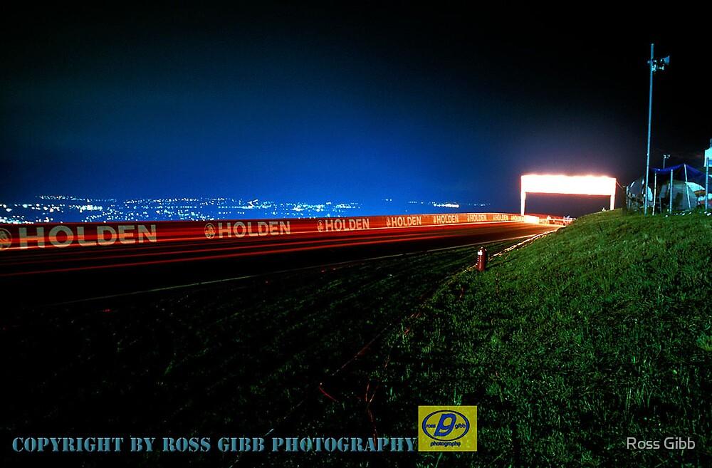 Bathurst 24hr lights by Ross Gibb