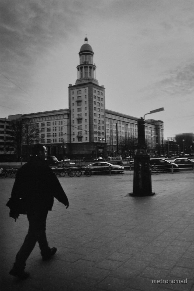 Walking at Frankfurter Tor by metronomad