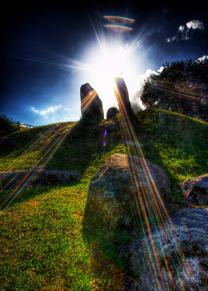 Coldrum stones. by phil tobin