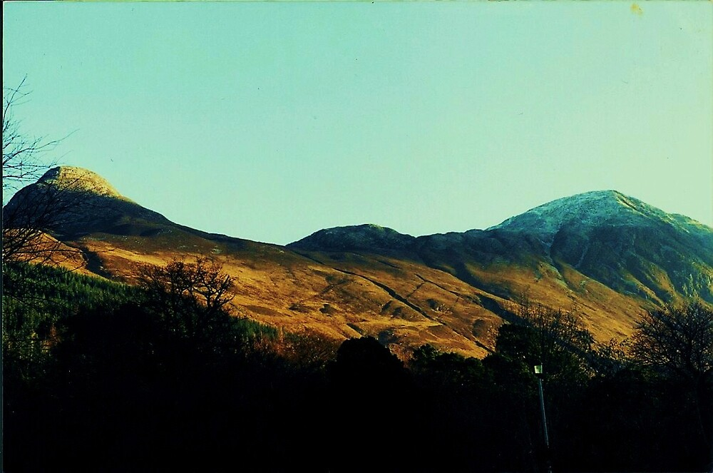 sunsets over skiddaw by charliethetramp