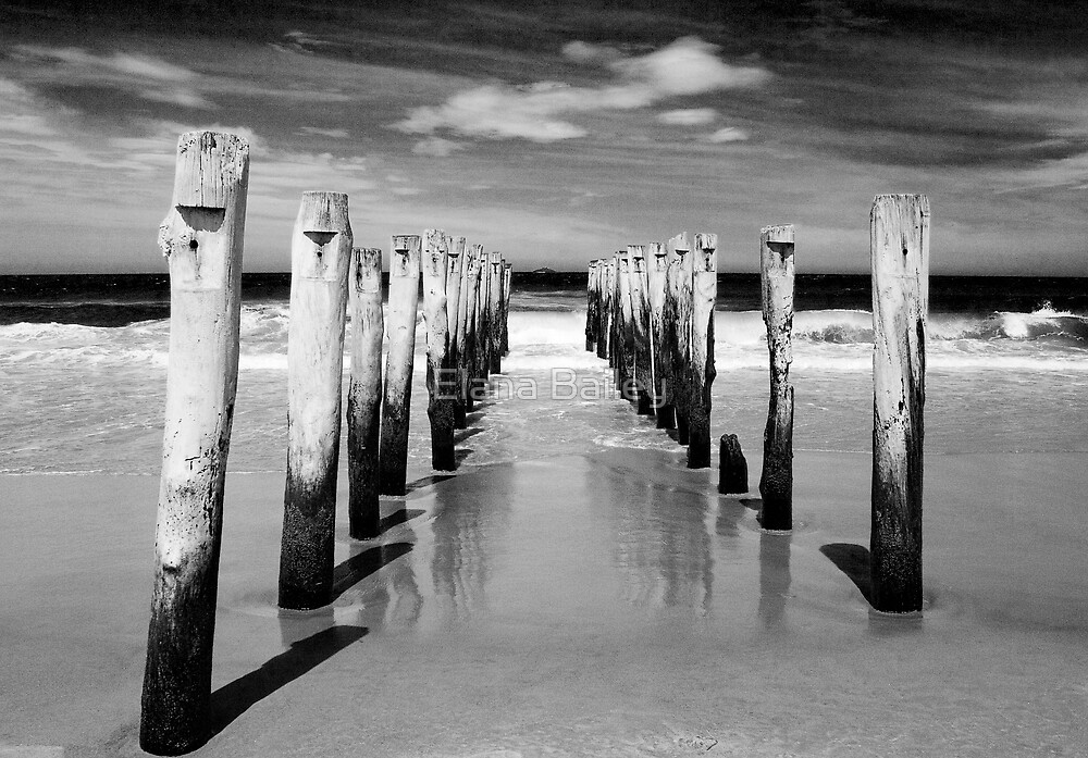 St Clair Beach in monochrome by Elana Bailey