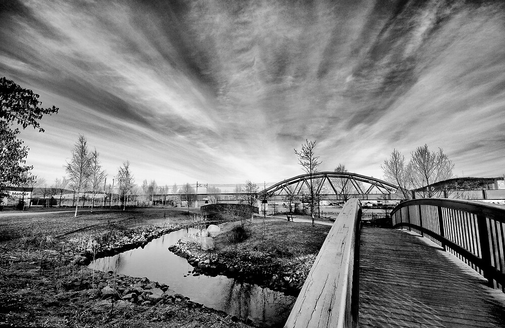 Riverpark HDR BW by geirkristiansen