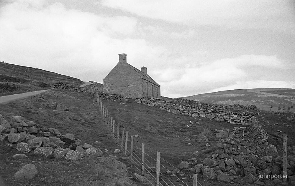 Scottish hillside by johnporter