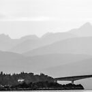 The Cuillin Mountains by mikebov