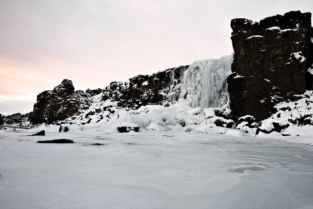 Icebound Öxarárfoss by Stefán Kristinsson