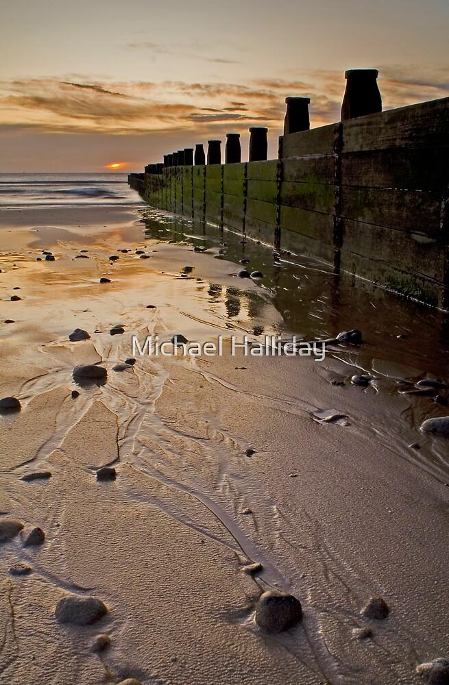 GROYNE ON BLYTH BEACH by Michael Halliday