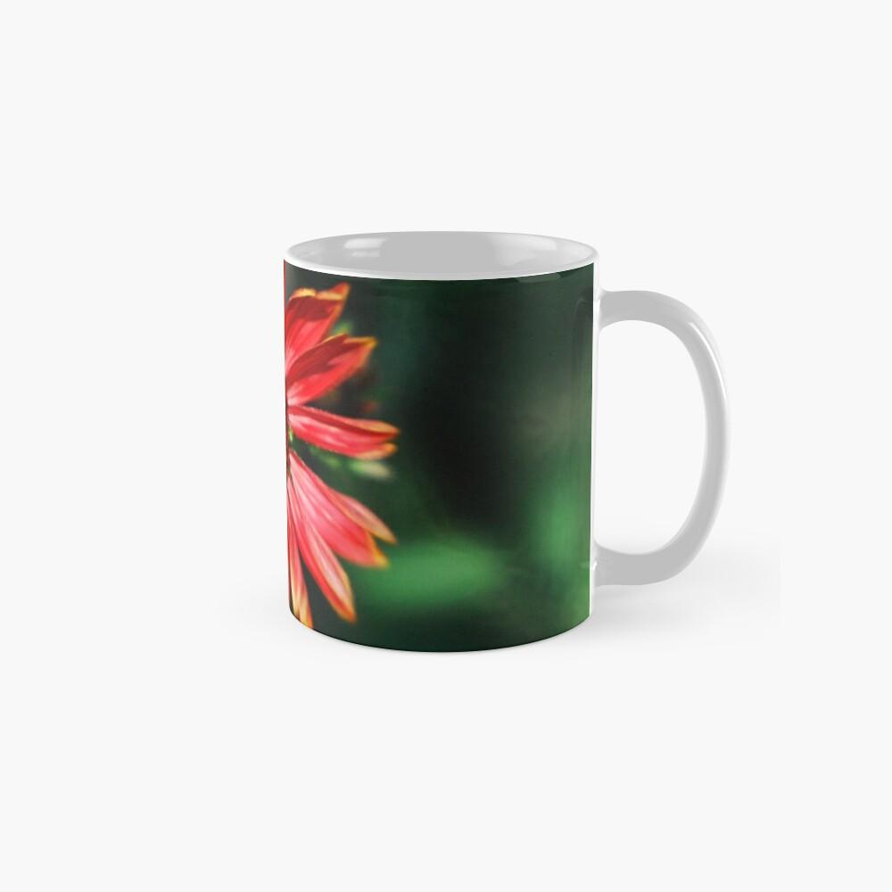 Bee on a red helenium Standard Mug