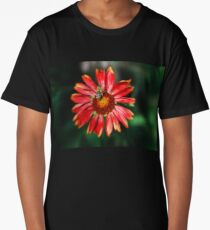 Bee on a red helenium Long T-Shirt