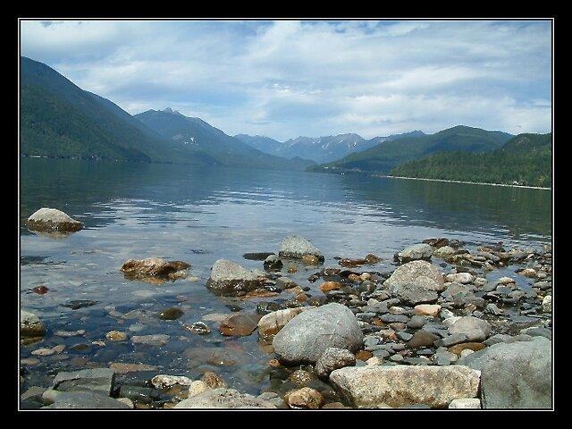 Lake View 2 by jakking