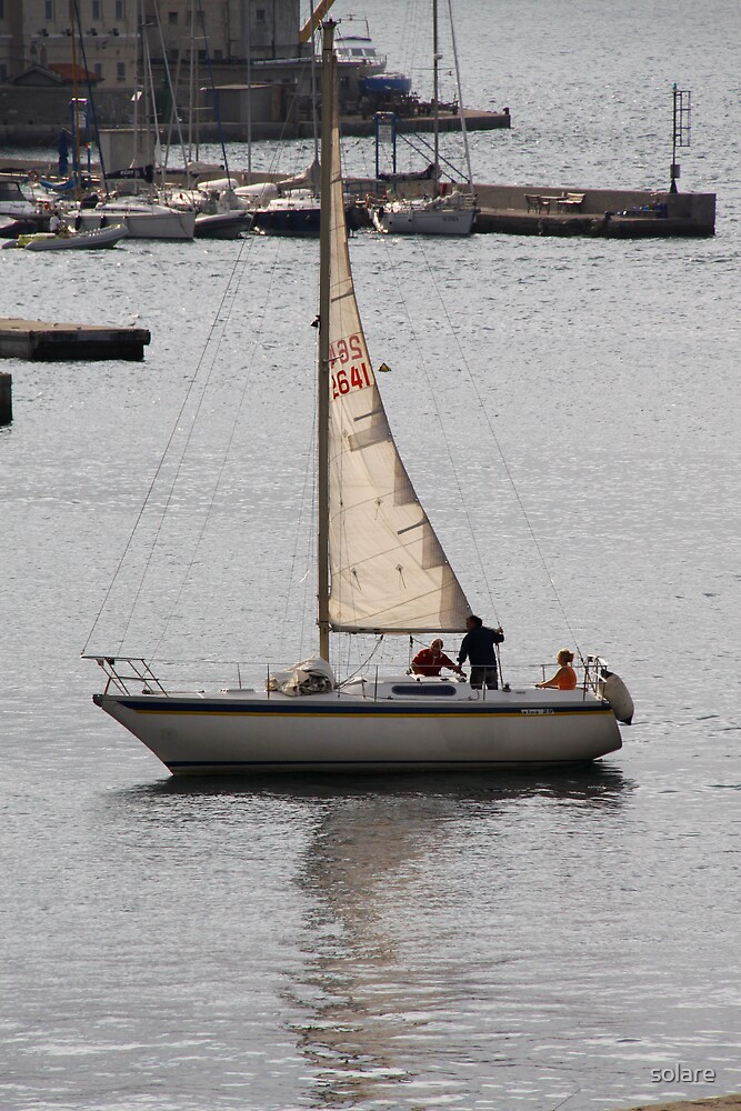 Sailing by solare