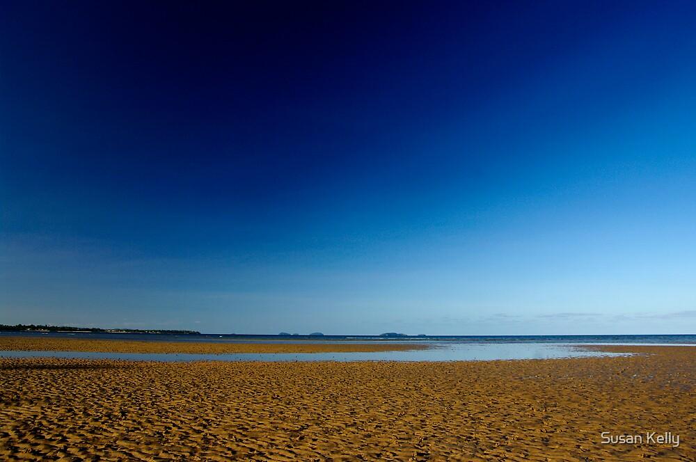 No water,Garners Beach, QLD. by Susan Kelly