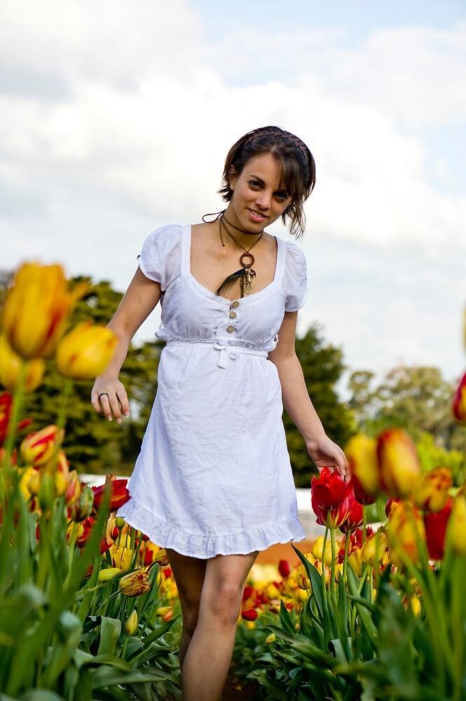 Tip-toe through the Tulips #1 by Mark Elshout