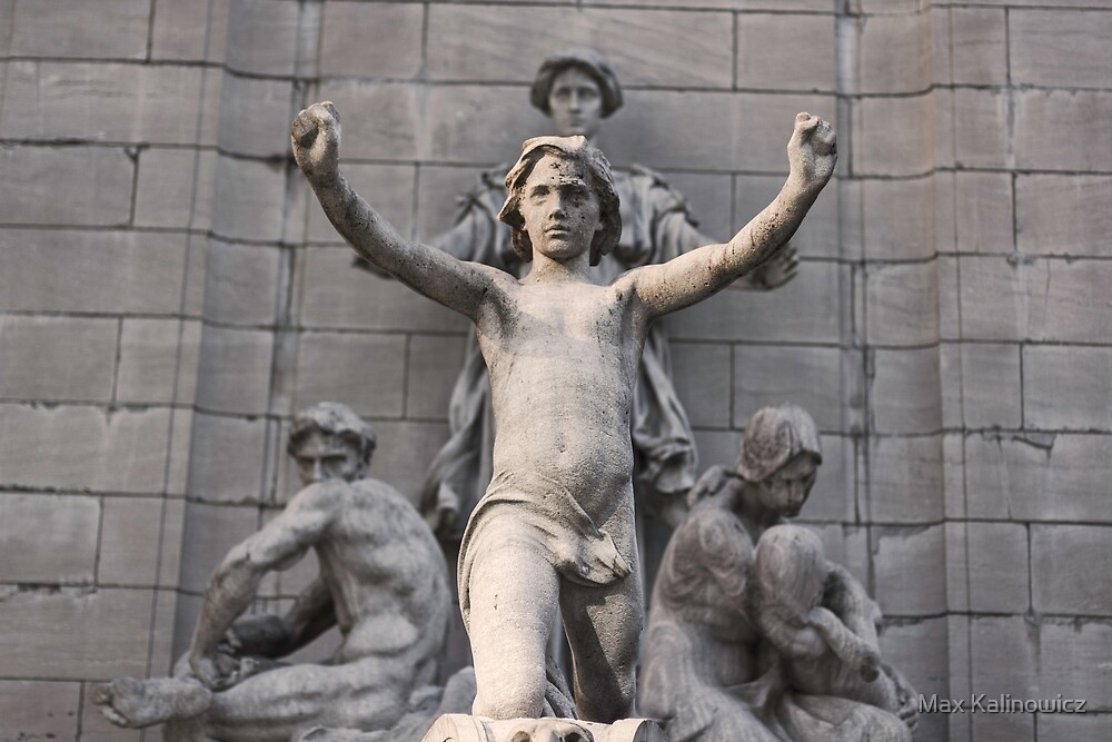 New York Statue by Max Kalinowicz