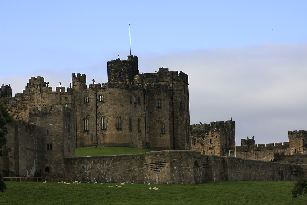 Alnwick Castle 2 by Waggywag