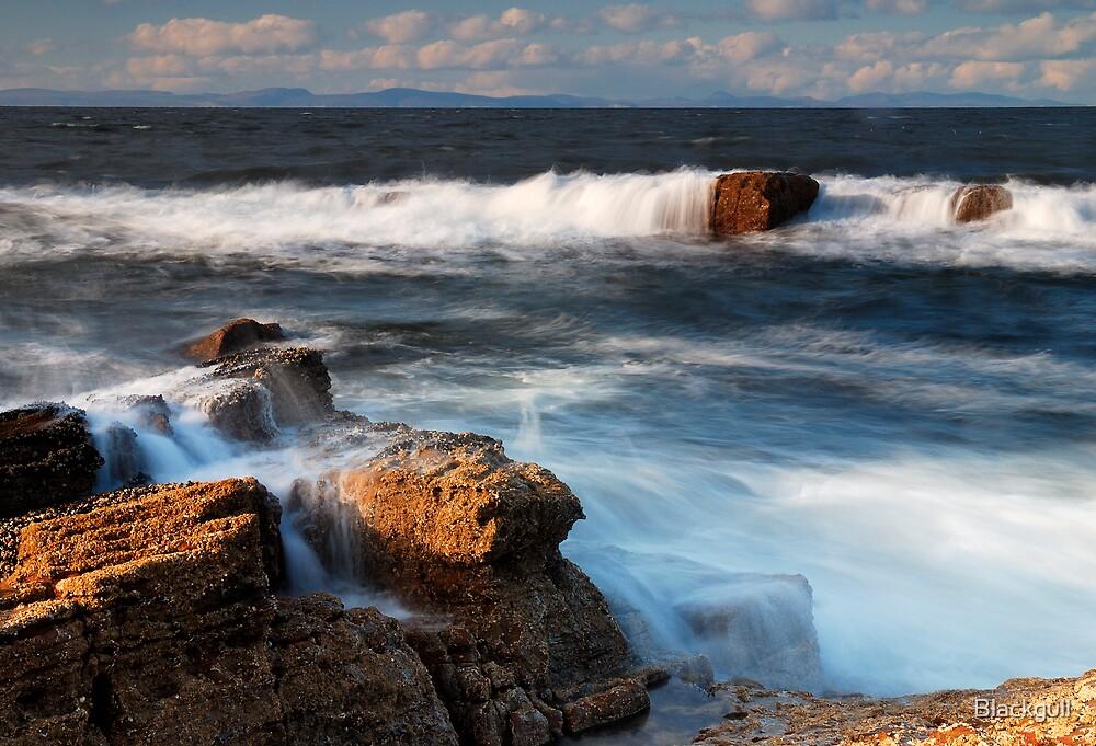 Breaking Waves by Blackgull