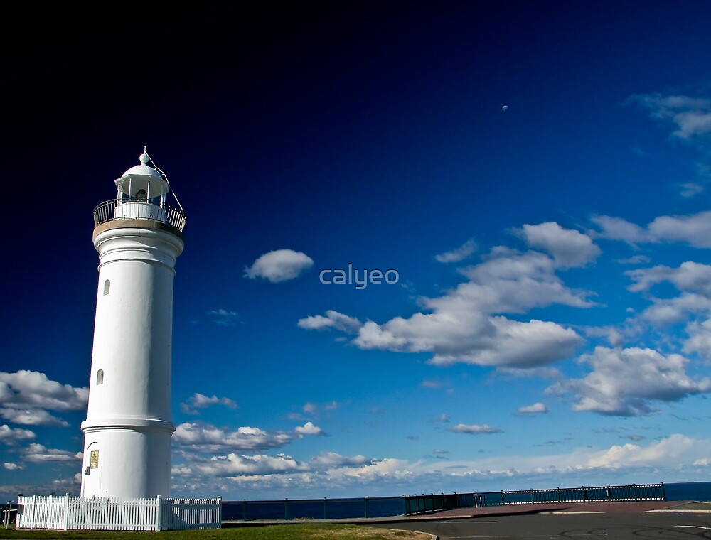 lighthouse by calyeo