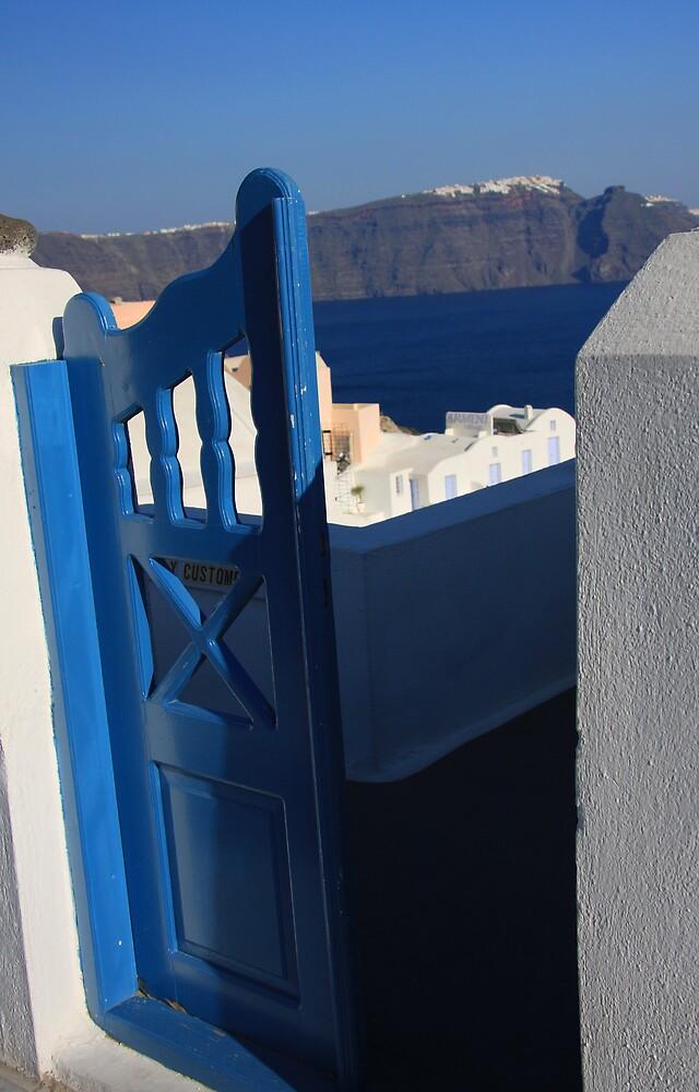Oia Santorini, Greece by Gavin Craig