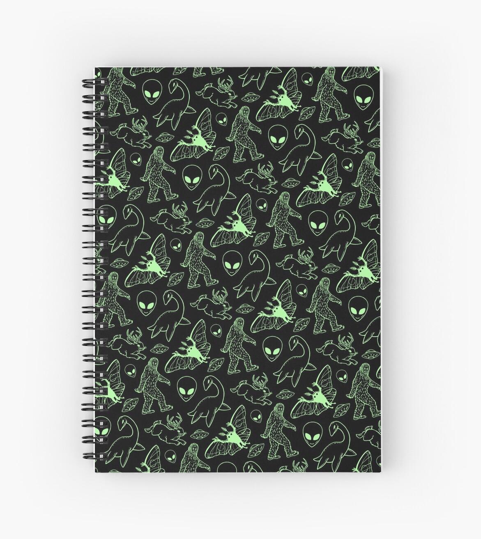 «Patrón críptico (líneas verdes)» de Diane LeonardArt