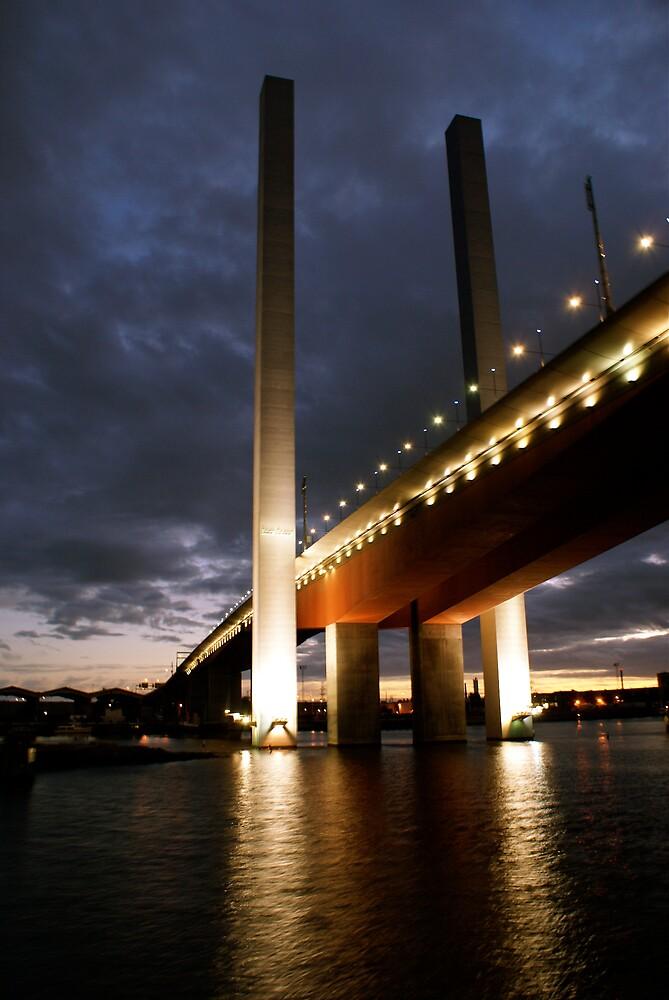 Bolte Bridge at night by Ajmdc