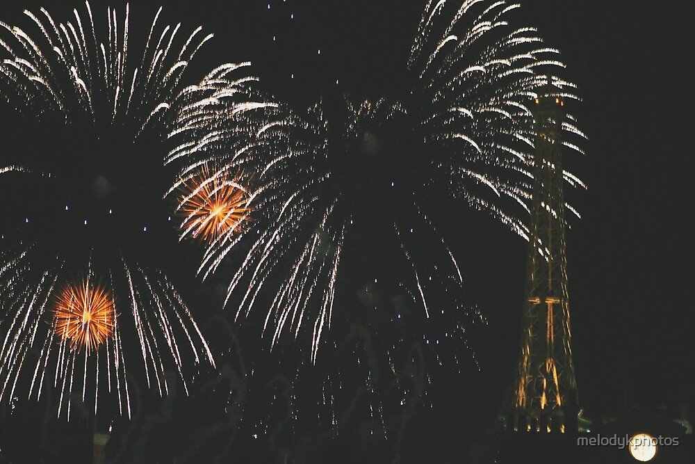 Fireworks over France by melodykphotos