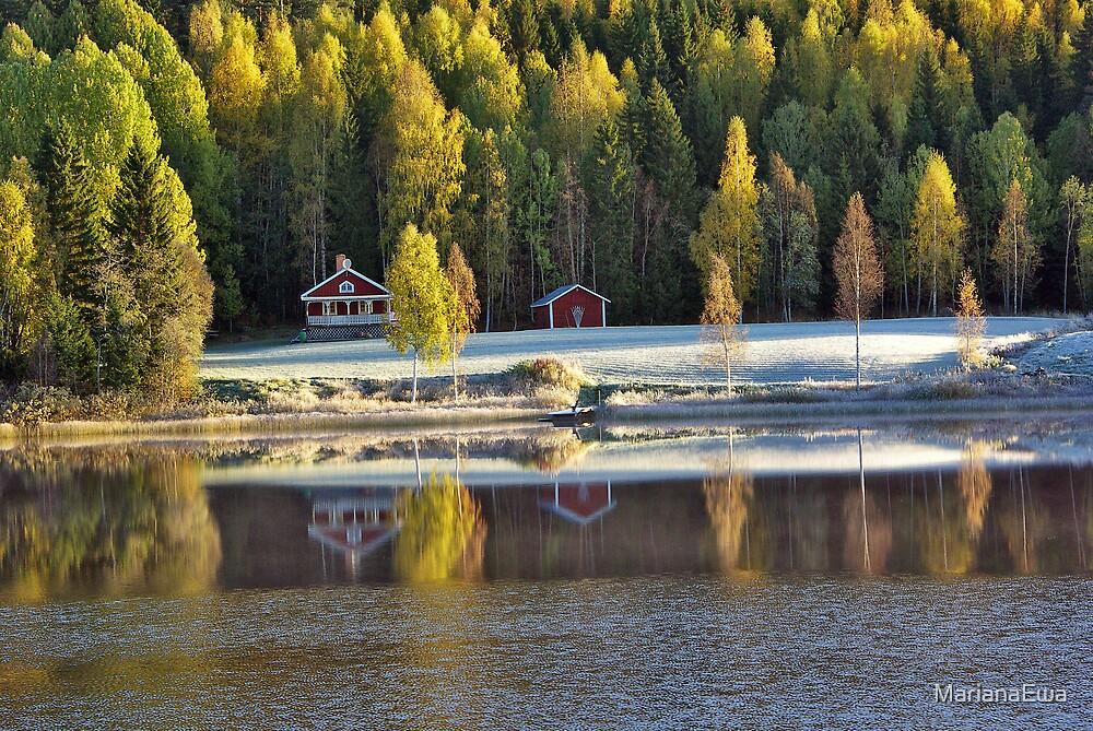 Autumn Mirror by MarianaEwa