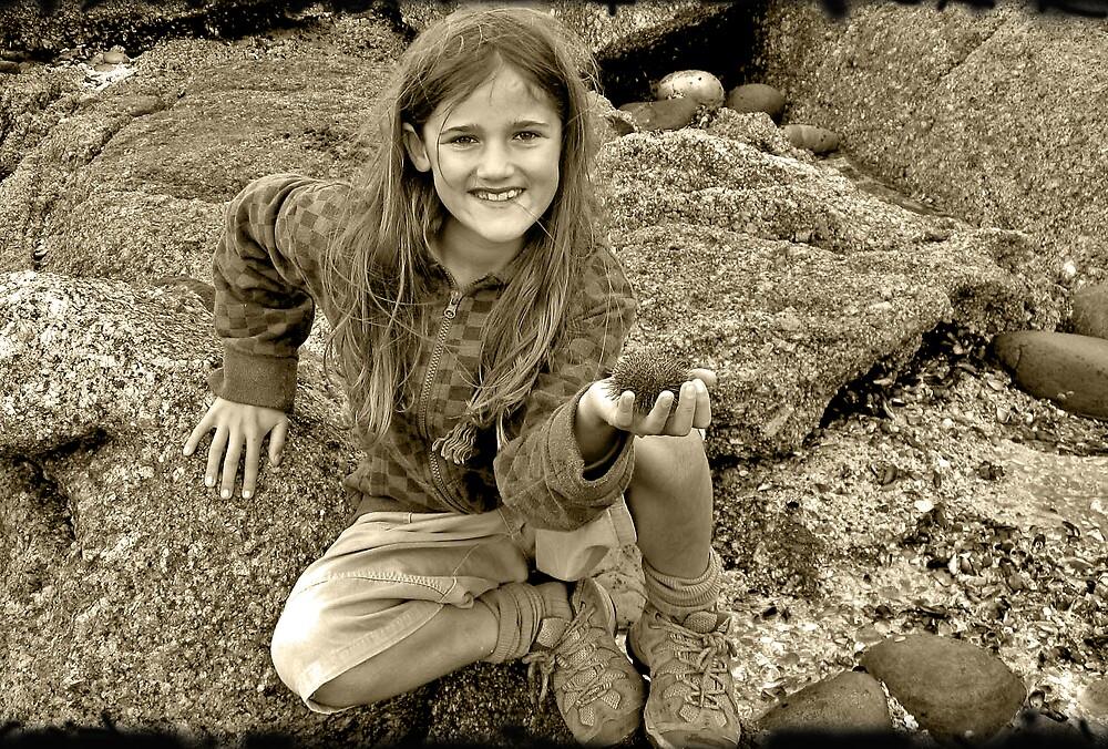 Treasure seeker by Janine Fynn