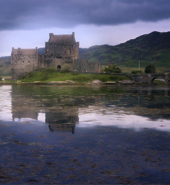 Eilean Donan Castle by Yukondick