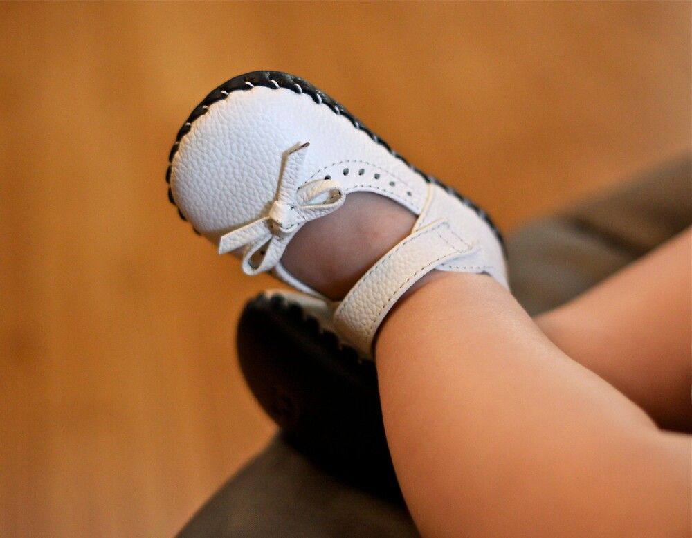 baby feet by Mario Alleyne