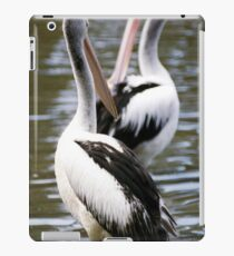 Mo art pelicans iPad Case/Skin