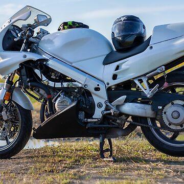 Honda VFR750 - Oldie But Goodie by MattHutzell