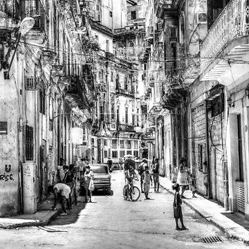 Streets Of Havana, Cuba by tommysphotos