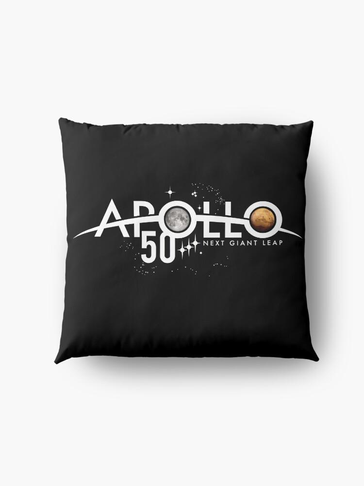 Alternative Ansicht von Apollo 50th Anniversary Logo - Nächster Riesensprung - Zuerst der Mond, nächster Mars! Bodenkissen